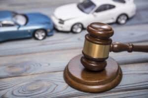 Верховный суд постановил, что страховщик не избавляется от неустойки по ОСАГО после исполнения решения финомбудсмена