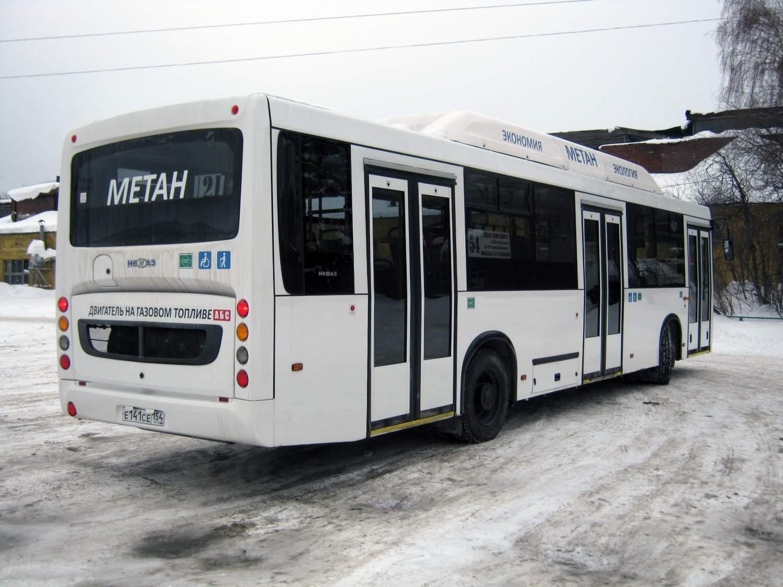 Новосибирские автобусы не выходят на линии: проблемы с ОСАГО